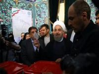 İran'da seçimin ilk sonuçları: Ruhani önde