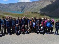 Nemrut Krater Gölü'nü gezen bilim adamları hayran kaldı!