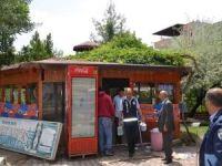 Kine Em Parkı'ndaki işletmeler tahliye edildi