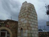 Midyat'ta fırtına nedeniyle cami minaresi yıkıldı