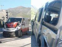 Bitlis'te trafik kazası!