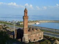 Tarihi Tuğrul Bey Cami restorasyonu devam ediyor