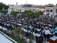 Binlerce vatandaş orucunu dualar eşliğinde açtı