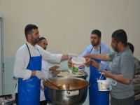 Peygamber Sevdalıları'ndan her gün muhtaç ailelere iftar yemeği