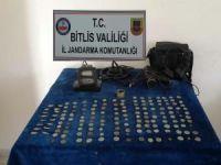 Bitlis'te tarihi eserler ele yakalandı
