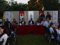 Vali Ahmet Deniz, koruyucu ailelerle iftarda buluştu
