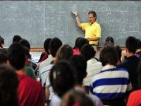 """Prof. Dr. Nihat Berker'den herkese açık """"İç içe ayrılıkların edebiyatları"""" dersi"""