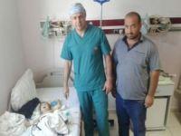 Minik bebeğe böbrek ameliyatı