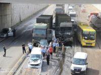 Askeri konvoyda kaza: Bir asker yaralı