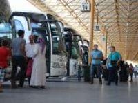 Otobüs terminallerinde bayram yoğunluğu