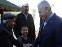 Başbakan Yıldırım doğduğu köyde bayramı karşıladı