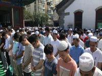Çin'deki Müslümanlar, Bayramda Camileri Doldurdu
