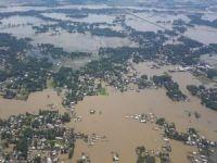 Hindistan'da sel faciası: 80 ölü