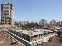 """Diyarbakır'da """"Kent Meydanı"""" inşa ediliyor"""