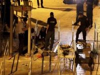Siyonistler Mescid-i Aksa'nın kapılarındaki dedektörleri kaldırdı