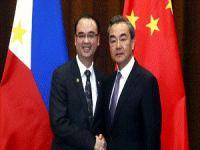 Çin ve Filipinler Dışişleri Bakanları Bir Araya Geldi