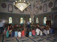Yaz Kur'an kursları tüm güzellikleriyle devam ediyor