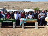 Kocaeli'de kaza yapan Erdoğan ailesi toprağa verildi