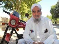 30 yıldır aynı motosikleti kullanıyor!
