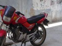 Motosiklet hırsızlarının pişkinliği pes dedirtiyor