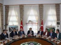 Bakan Eroğlu: Yapılacak yatırımlarla Elazığ bölgenin yıldızı haline gelecek!