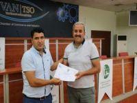 Van'da 150 kişiye girişimcilik sertifikası verildi
