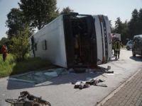 Almanya'da kaza faciası: 44 yaralı