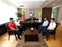 Başkan Uysal, şampiyonları  tebrik etti
