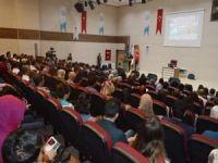 Matematik Öğretmenleri ve Anlatım Teknikleri konferansı