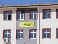 Yapımı tamamlanan okulun eğitime açılmamasına tepki