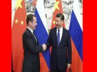 Xi Jinping Medvedev'i kabul etti