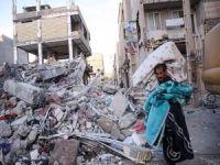 İran ve Irak'taki depremzedeler için yarım toplama merkezi kuruldu