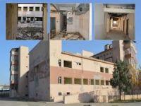 6-7 Ekim saldırılarında tahrip edilen hastanenin içler acısı durumu