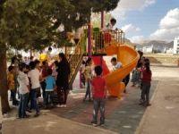 Kızıltepe'de 25 okul bahçesine oyun grubu kuruldu