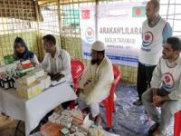 Bangladeş'teki kamplardaki Arakanlılar sağlık taramasından geçirildi