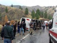 Elazığ'da yolcu midibüsü faciası: 2 ölü 15 yaralı