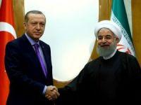 Ruhani, Erdoğan'ı tebrik etti