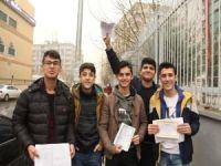 Diyarbakır'da 441 bin öğrenci karne sevinci yaşadı