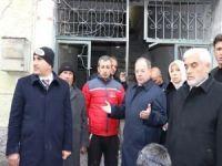 Başbakan Yardımcısı Akdağ roket düşen evlerde inceledi