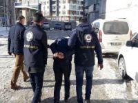Van'da bıçaklı gasp: 2 tutuklama