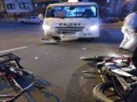 Şehir içi minibüsü ile motosiklet çarpıştı: 2 yaralı