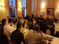 Alimler ve Akademisyenler Akşam Yemeğinde Bir Araya Geldi
