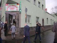 Almanya'da camilere saldırılar sürüyor