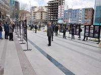 """""""Dünya Mustazafları"""" fotoğraf sergisiyle anlatıldı"""