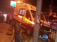 Van'da ambulans kaza yaptı