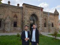 """Dayan: """"Bitlis'in inanç turizm potansiyeli değerlendirilmeli"""""""