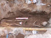Mardin'de kazı esnasında bulunan insan iskeleti çıkarıldı