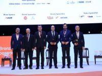 Genç Türkiye Zirvesi Enerji Sektörünün Liderlerini Gençlerle Buluşturdu