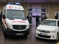 Jandarma aracı devrildi: 4 asker yaralı