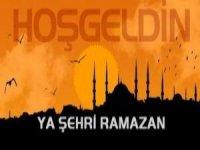 Bitlisliler ramazan ayının arifesinde mezarlılara akın etti